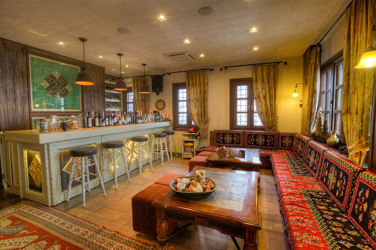 Άρωμα Δρυός - Lobby Bar